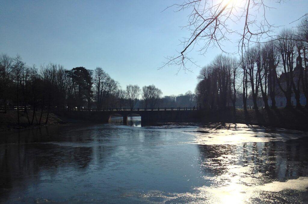 Schlossteich und Brücke, Ahrensburg – Foto: Mia