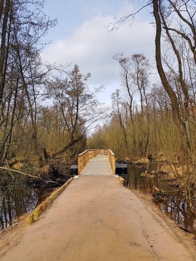 Moorwanderweg Ahrensburg. Die Brücke am Forst Hagen –Foto: Nicole Stroschein