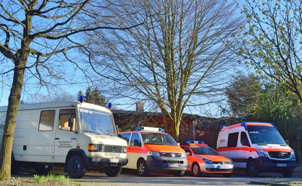 Die Fahrzeuge des Malteser HIlfsdienst in Ahrensburg – Foto: Nicole Stroschein