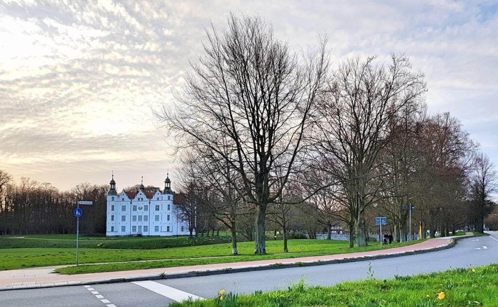 Schloss Ahrensburg im April 2019 – Foto: Nicole Stroschein