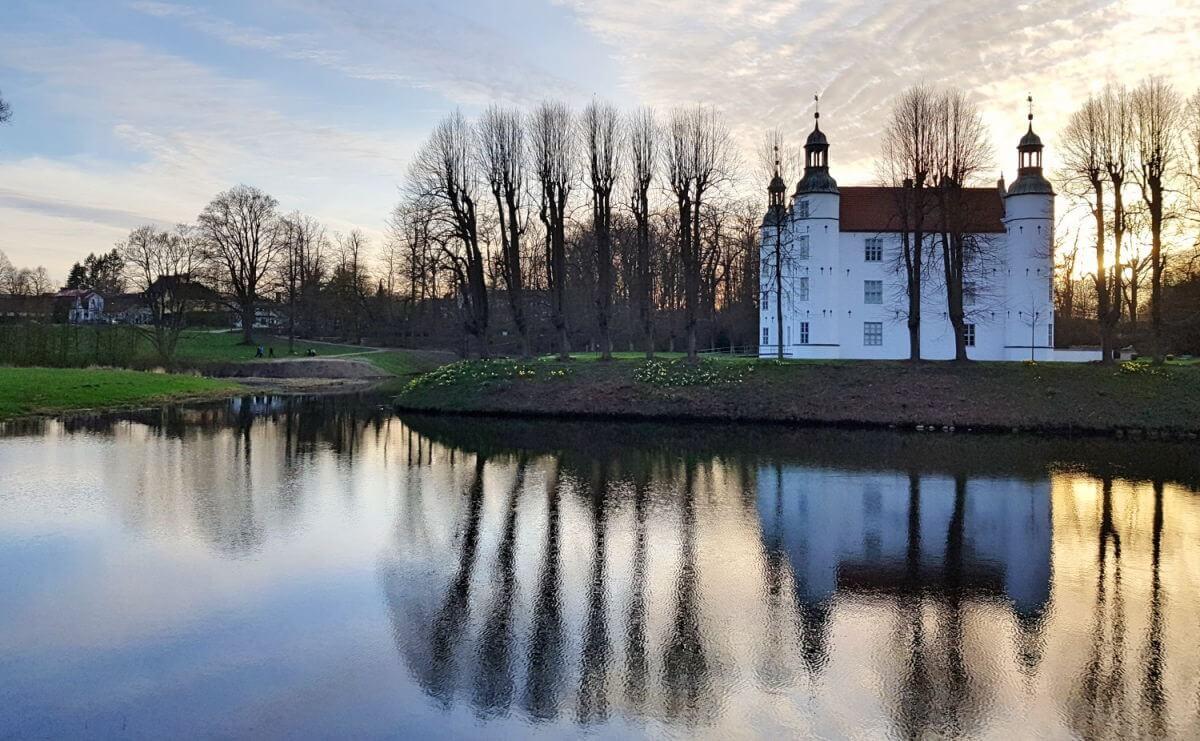 Schloss Ahrensburg im Frühling