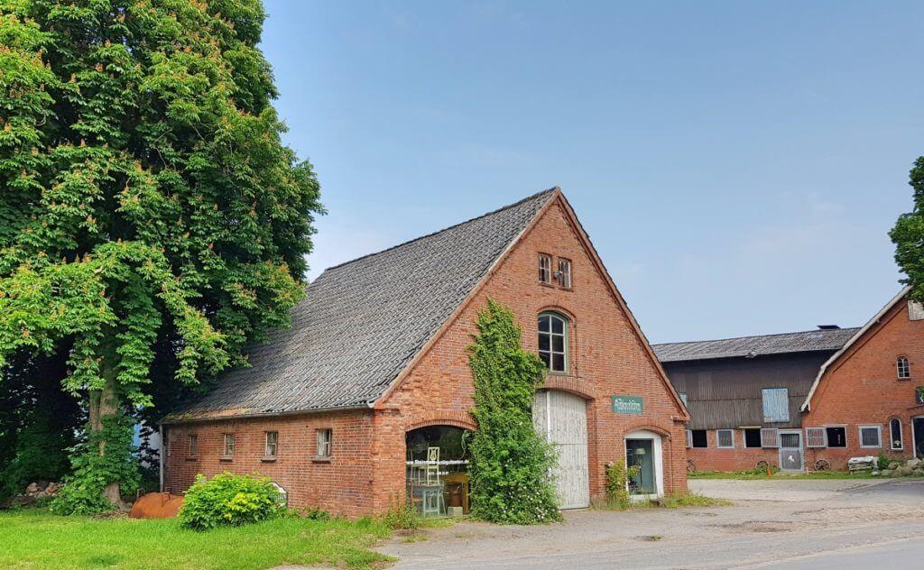 Antiquitäten in Ahrensfelde – Foto: Nicole Stroschein