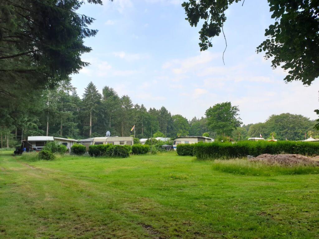 Der Campingplatz am Bredenbeker Teich – Foto: Nicole Stroschein