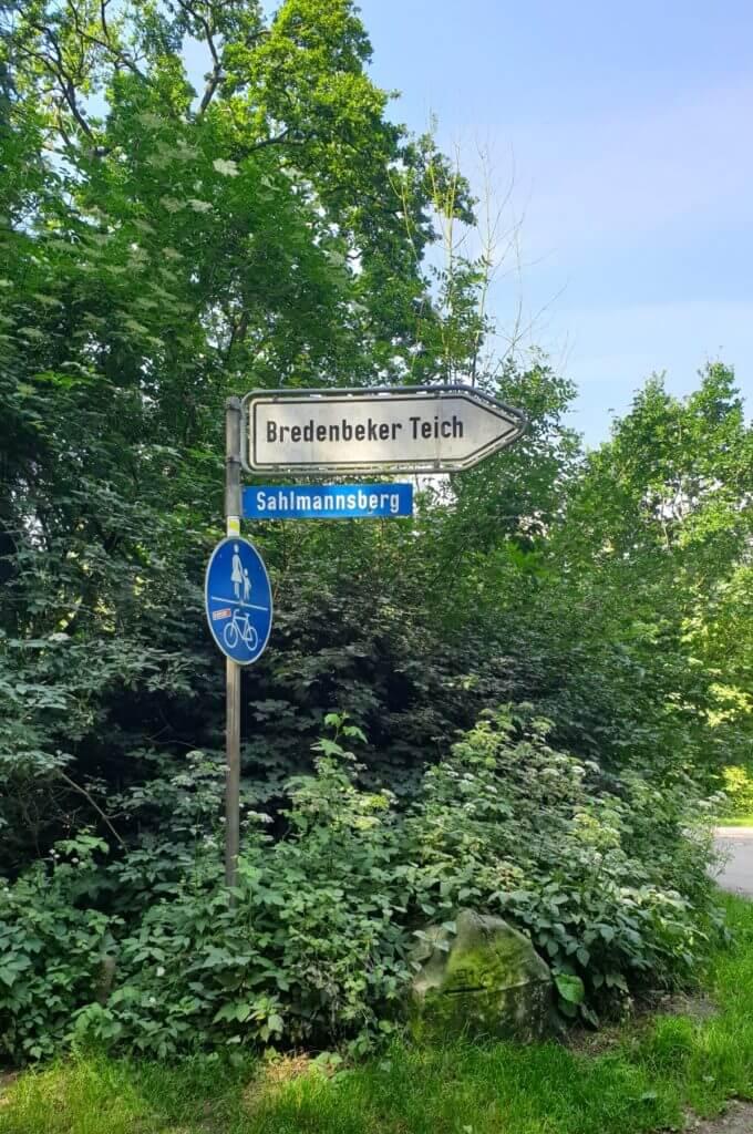 Wulfsdorfer Weg, Ecke Sahlmannsberg, Bredenbeker Teich – Foto: Nicole Stroschein