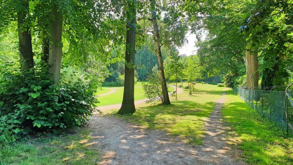 Idylle am Park – Foto: Nicole Stroschein