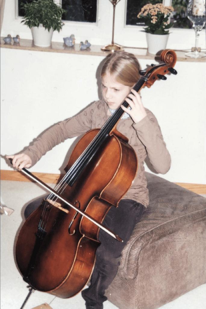Liebe auf den ersten Strich: Lena und ihr Cello, AllegroConTrio – Foto: privat
