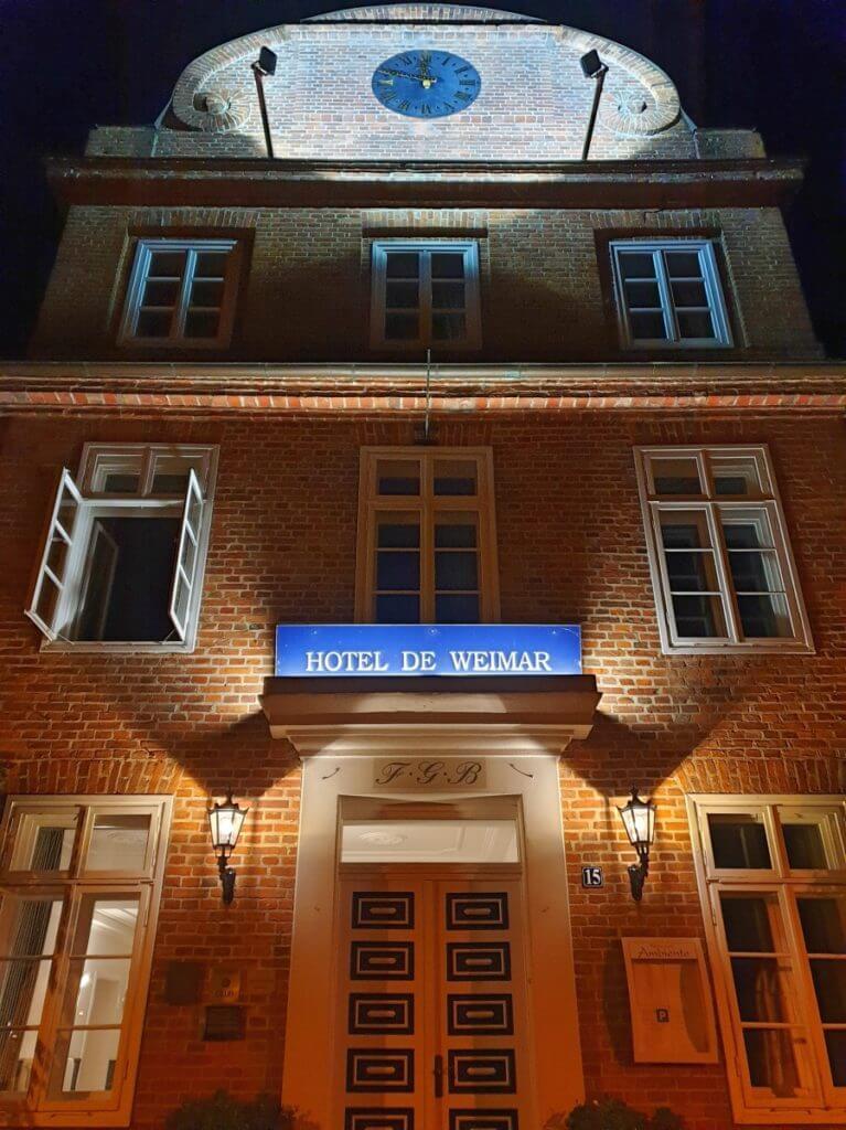 Hotel de Weimar bei Nacht – Foto: Nicole Stroschein