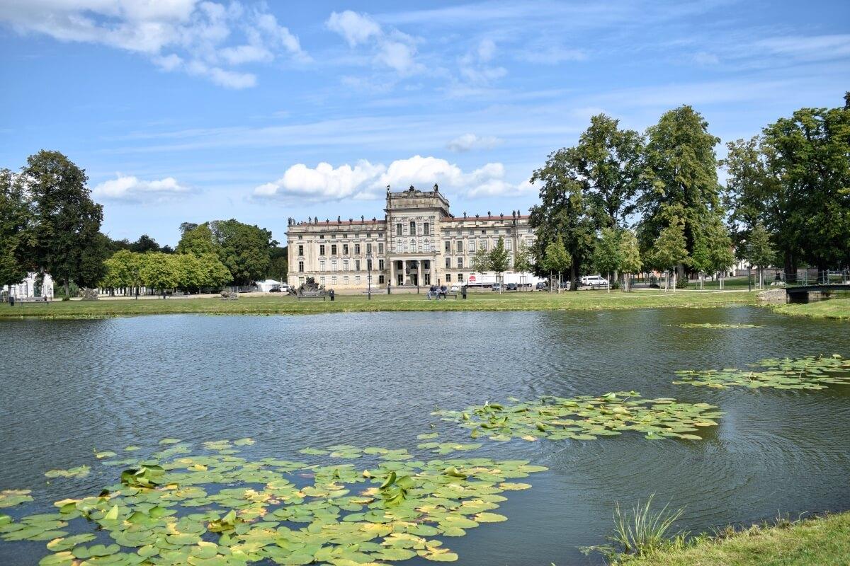 Spaziergang durch Ahrensburgs Partnerstadt Ludwigslust