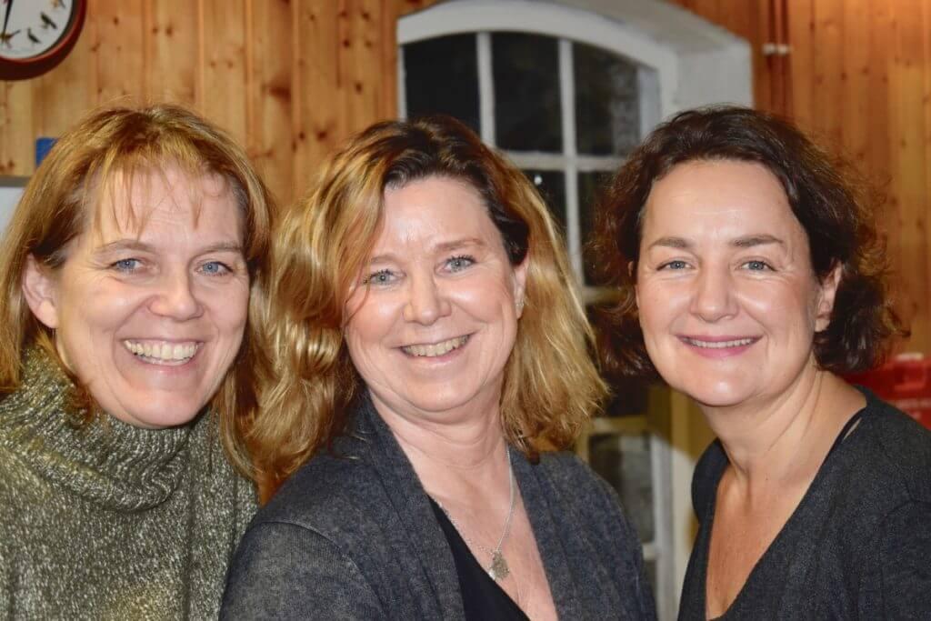 Anke vom Bienenlehrgarten, Susanna Hansen und Nicole vom Ahrensburg Blog – Foto: Jonna