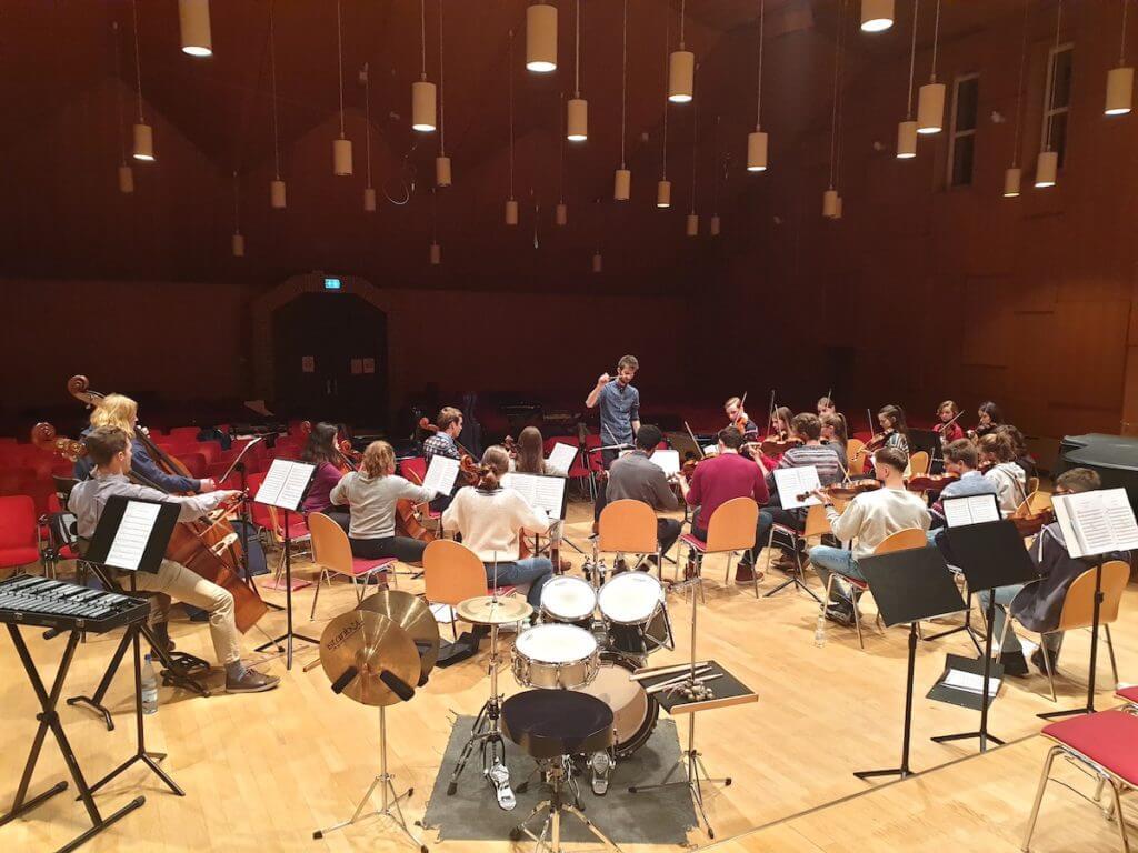 Das Jugend-Sinfonieorchester Ahrensburg –Foto: Nicole Stroschein
