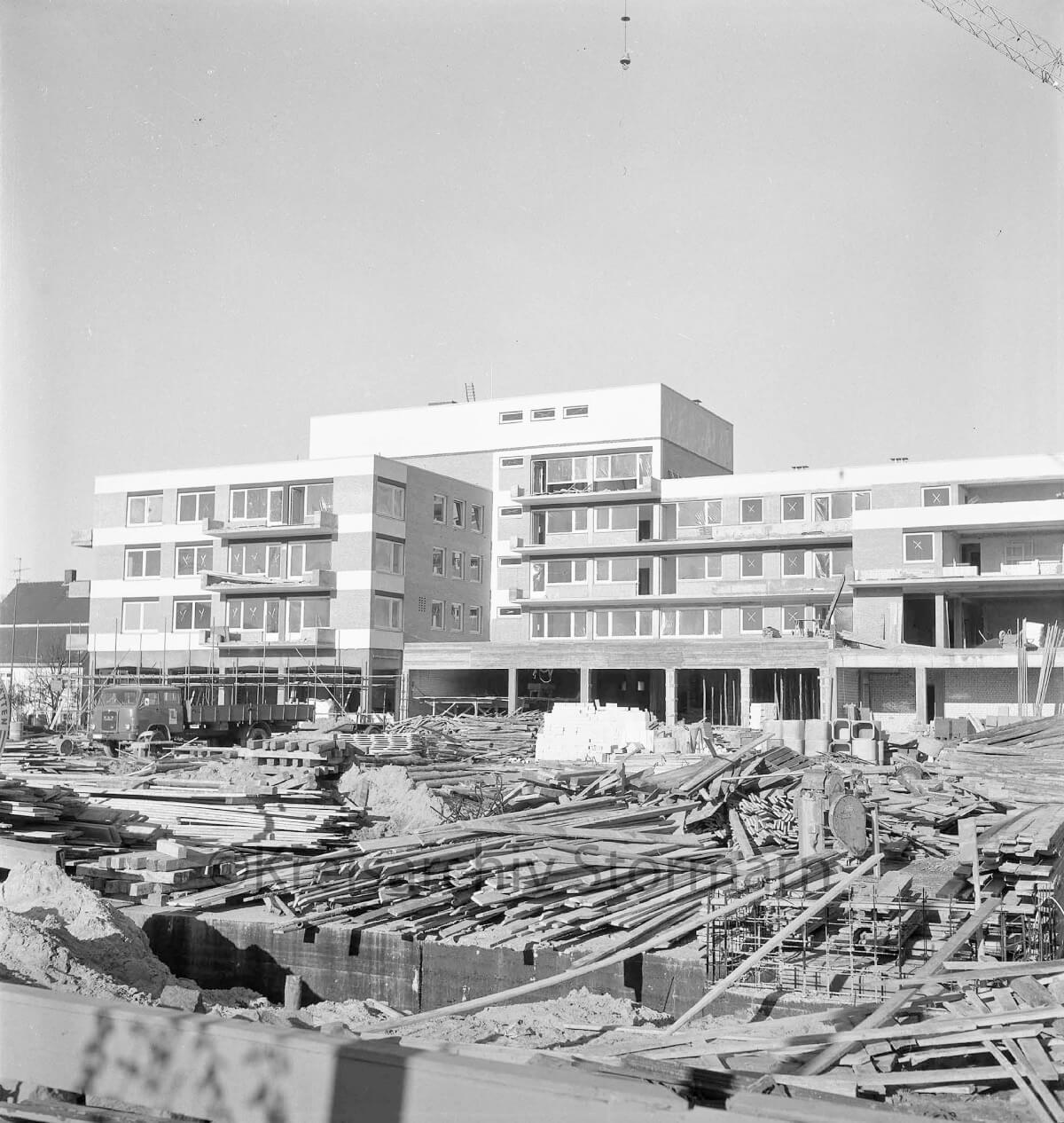 Rathausplatz Ahrensburg, 1968 –Foto: Kreisarchiv Stormarn / Raimund Marfels