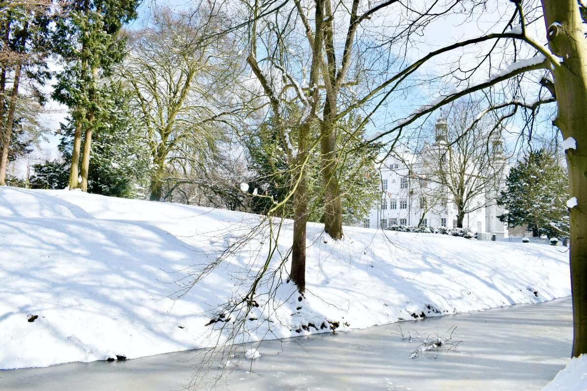 Schloss Ahrensburg im Schnee – Foto: Nicole Schmidt
