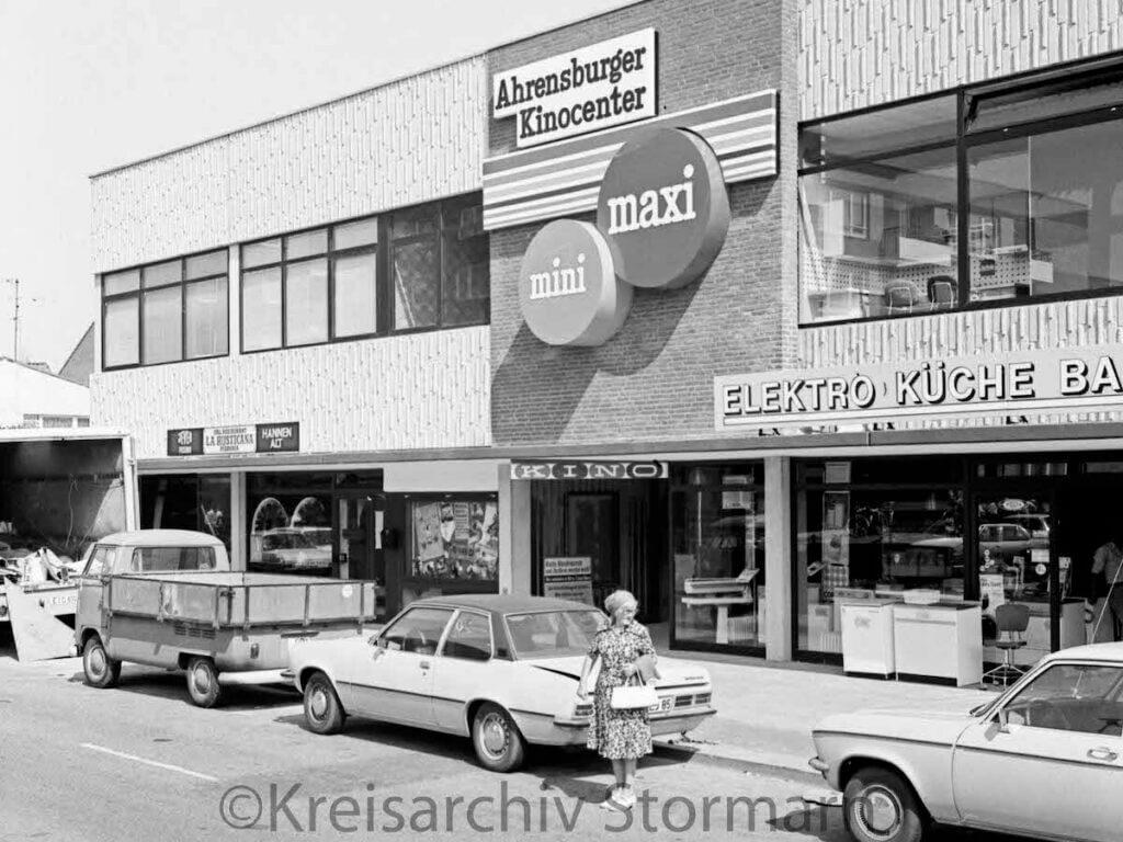 Das Kinocenter in Ahrensburg 1976 –Foto: Kreisarchiv Stormarn / Raimund Marfels