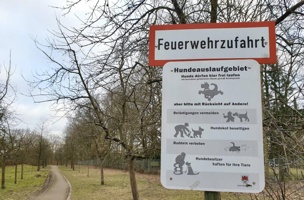 Die Hundewiese an der Kirschplantage, Ahrensburg –Foto: Nicole Schmidt