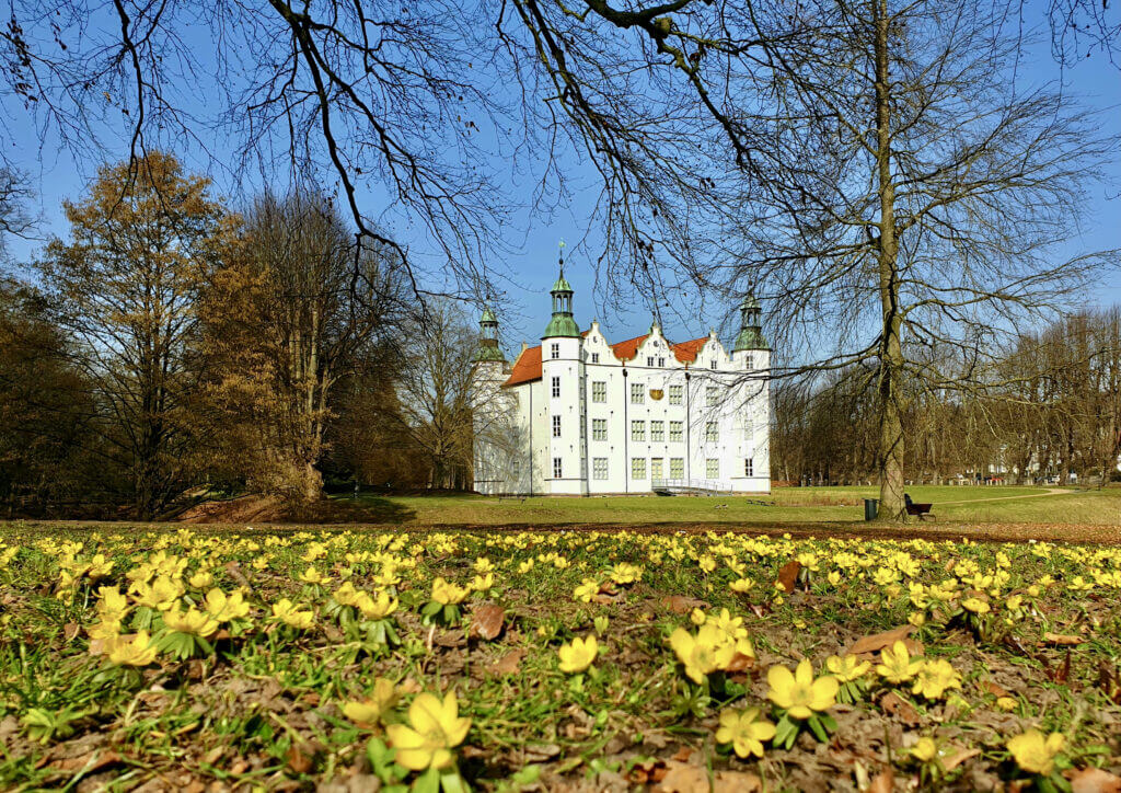 Schloss Ahrensburg im März 2021 – Foto: Nicole Schmidt