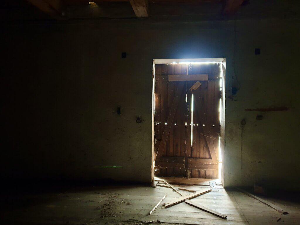 Der alte Speicher in Ahrensburg, Außentür in der 1. Etage – Foto: Nicole Schmidt