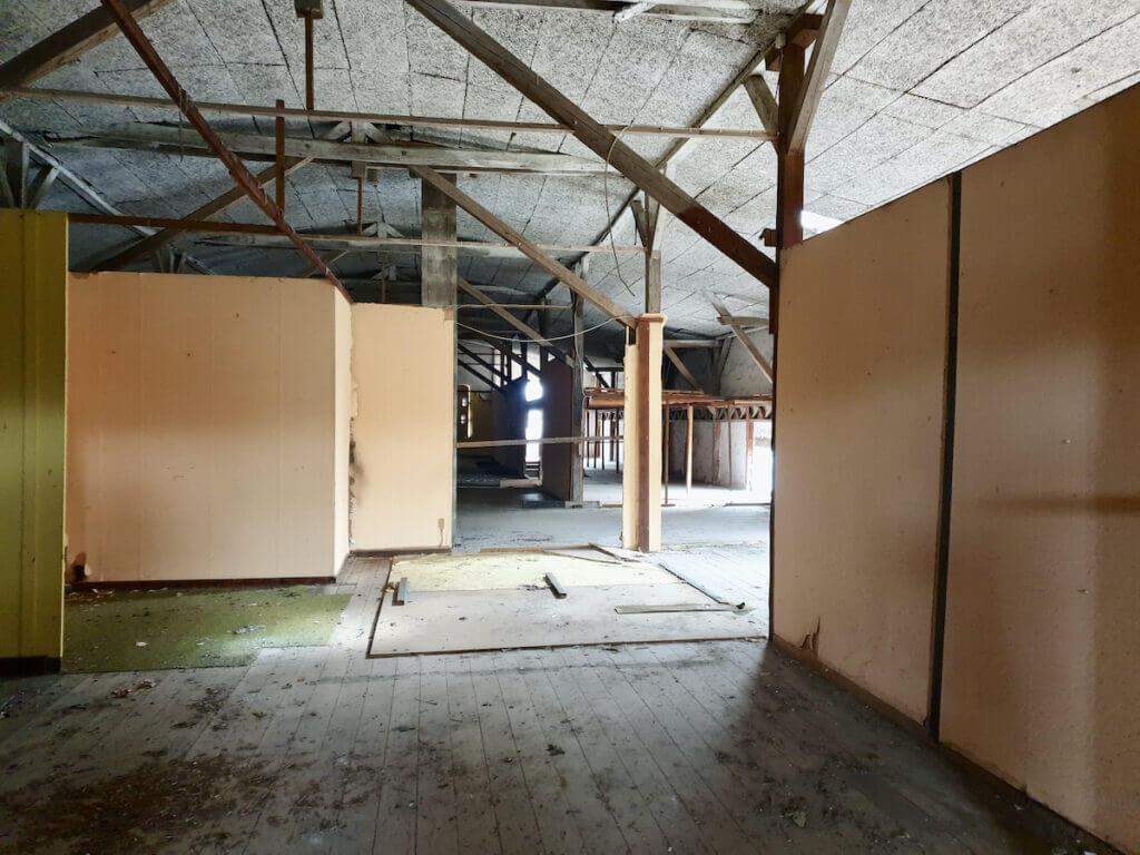 Speicher, Ahrensburg, Stellwände in der oberen Etage – Foto: Nicole Schmidt