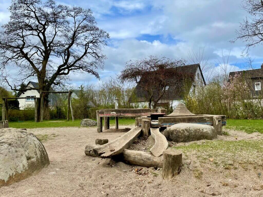 Spielplatz Lilienweg in Ahrensburg –Foto: Nicole Schmidt