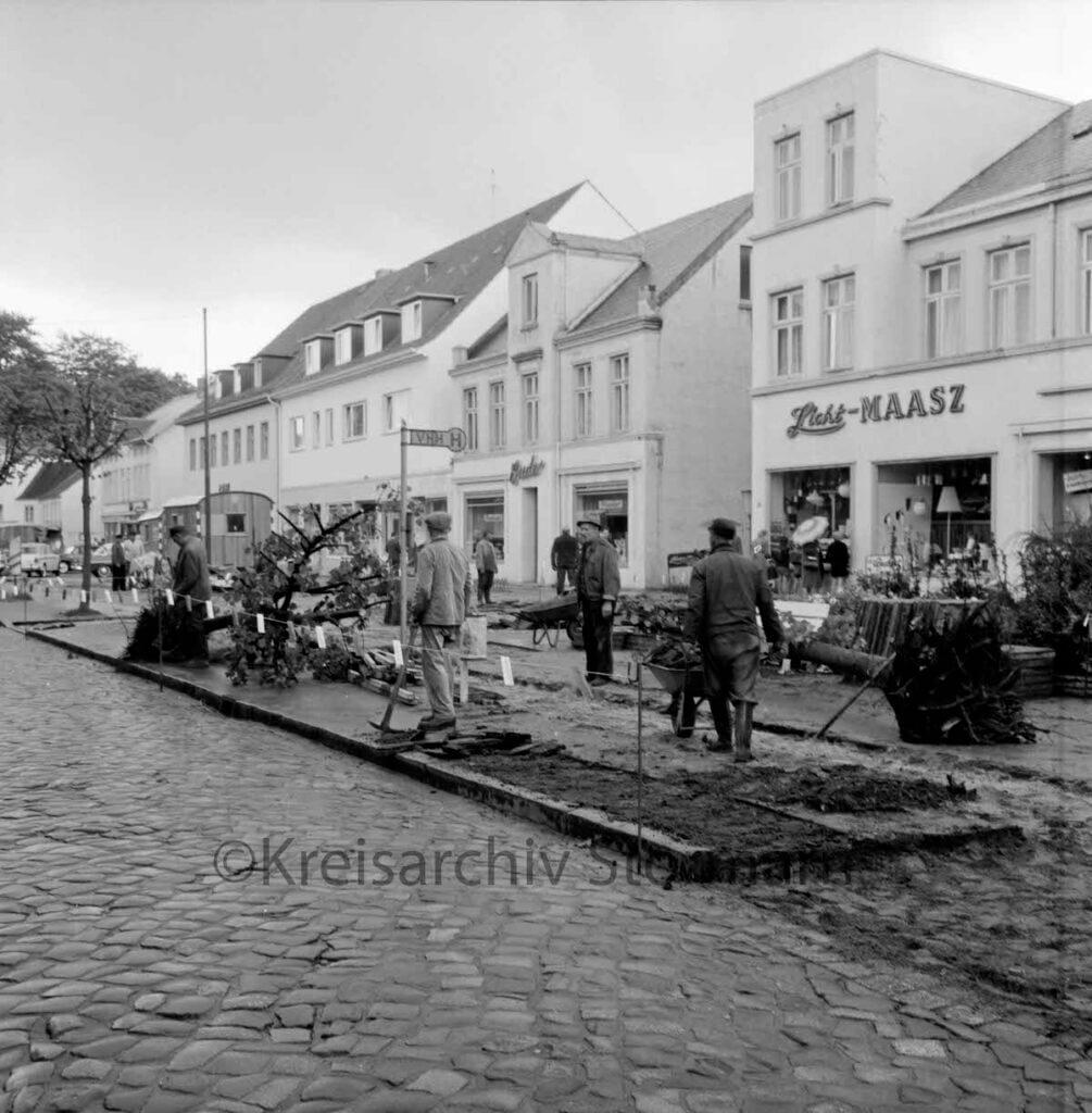 Die Hagener Allee in Ahrensburg 1961 –Foto: Kreisarchiv Stormarn / Raimund Marfels