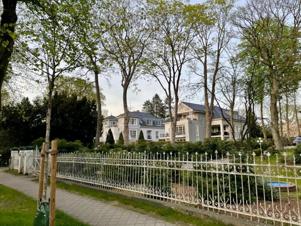Villen in der Hagener Allee in Ahrensburg – Foto: Nicole Schmidt