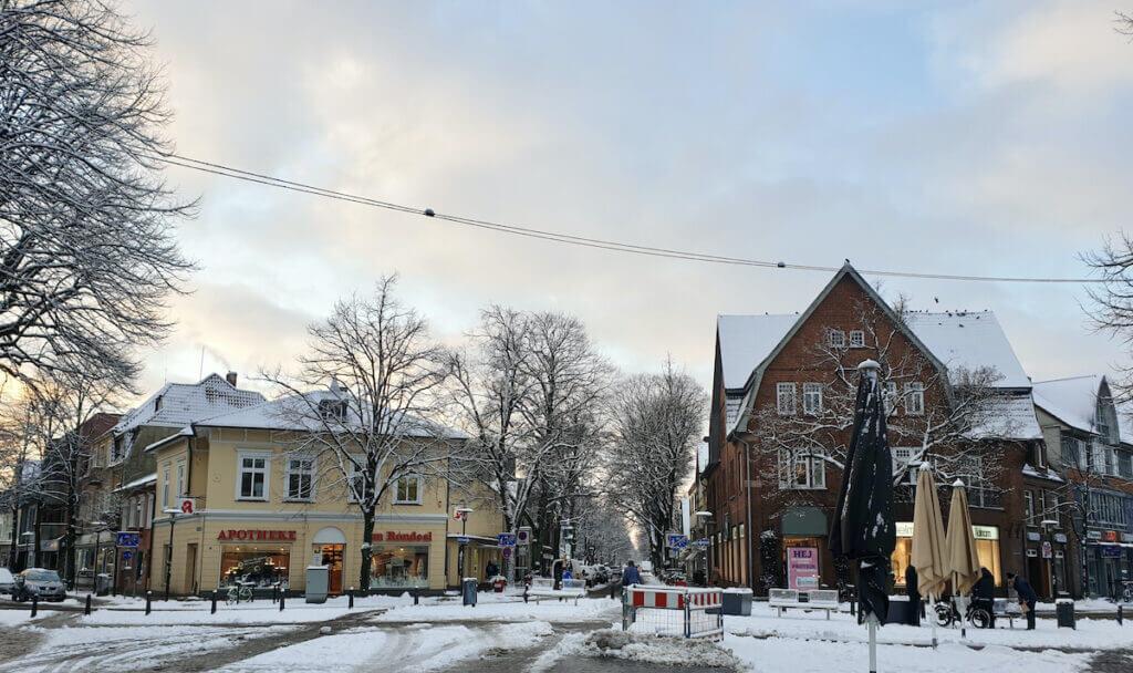 Der Anfang der Hagener Allee in Ahrensburg – Foto: Nicole Schmidt