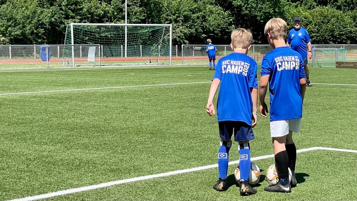 Zu Besuch beim Fußballcamp des SSC Hagen